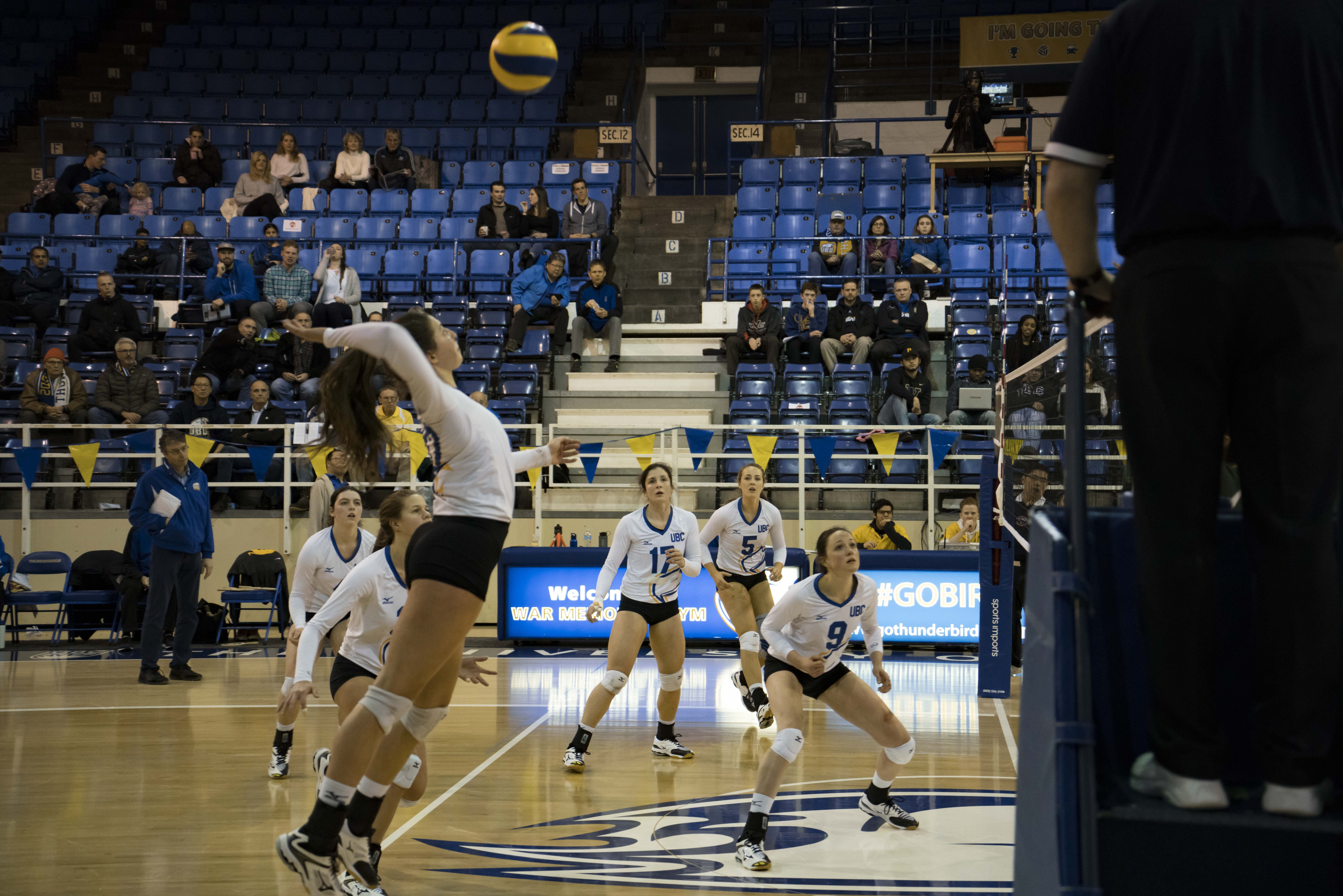 Olivia Furlan sets up to send the ball over the net.