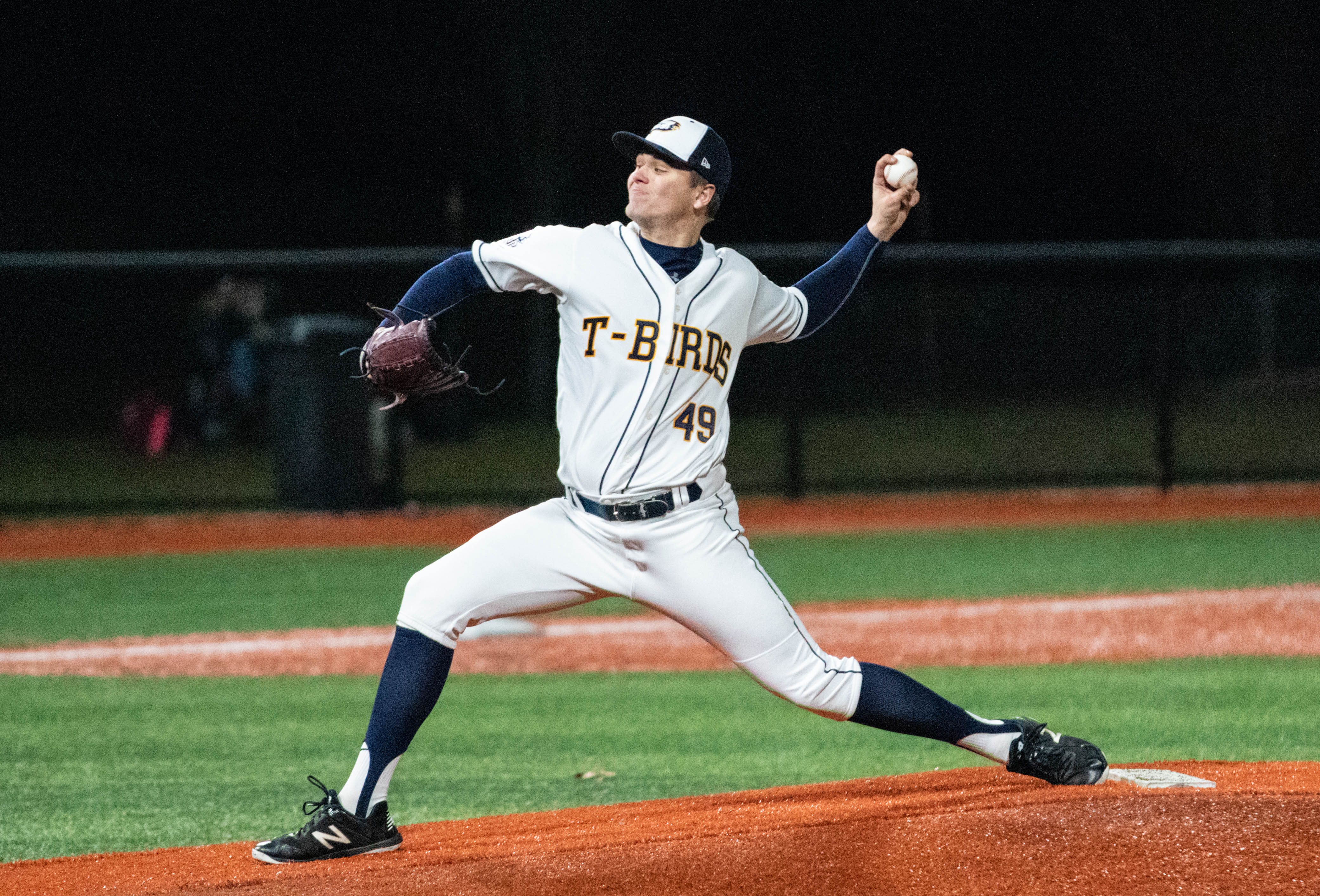 Pitcher Niall Windeler threw a no-hitter against the Oregon Tech Owls.