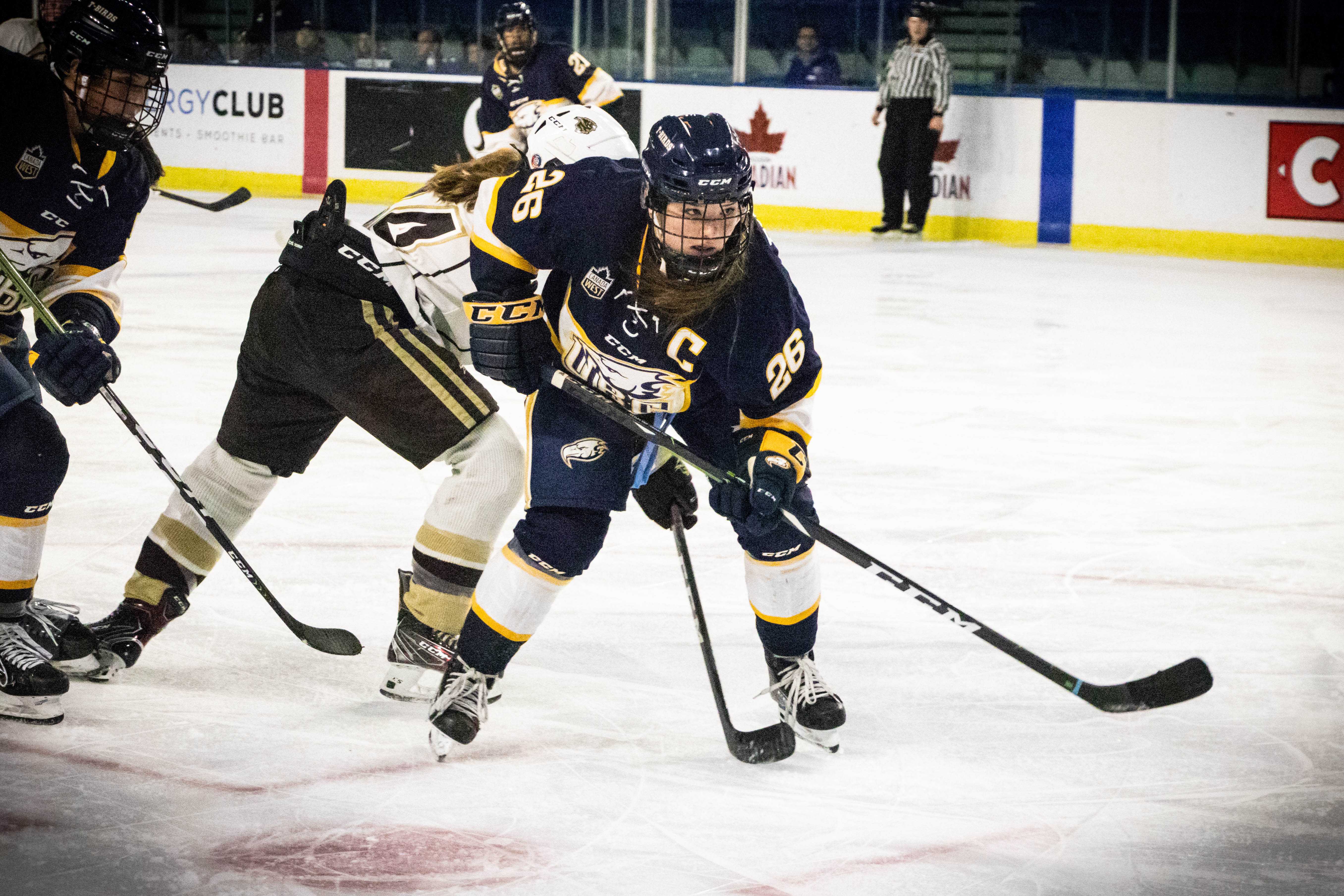 Women's hockey managed to split their weekend against Lethbridge and earn a Canada West playoff spot.