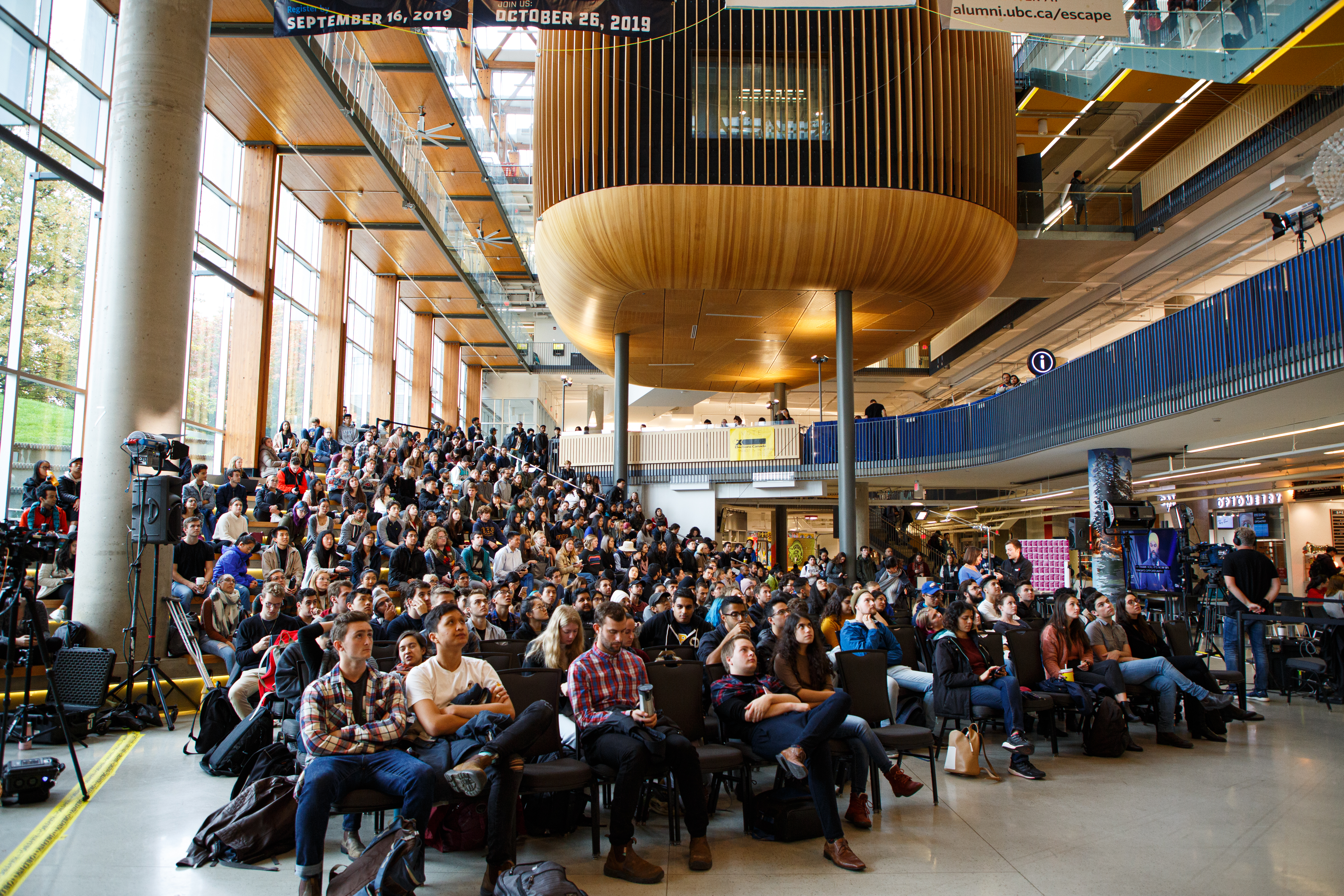The biggest issues on students' minds were the climate crisis, Indigenous rights as well as economic and social inequality.