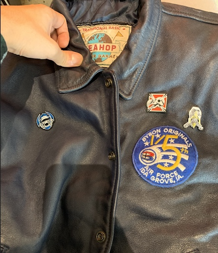Use pins and badges to personalize.